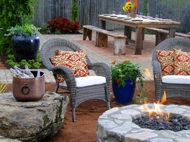 Обустройство камина в саду