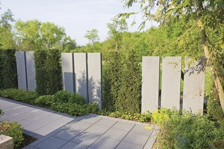 Забор из волокнистого бетона