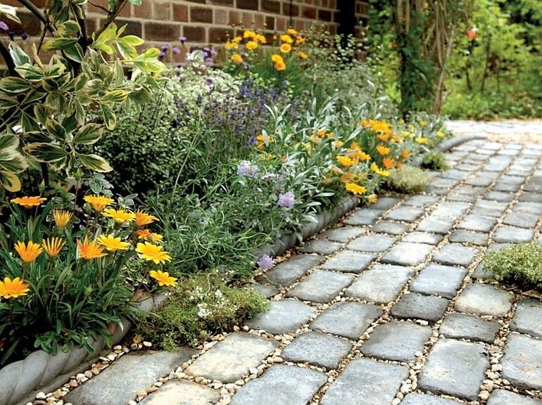 Дорожка для сада из тротуарной плитки