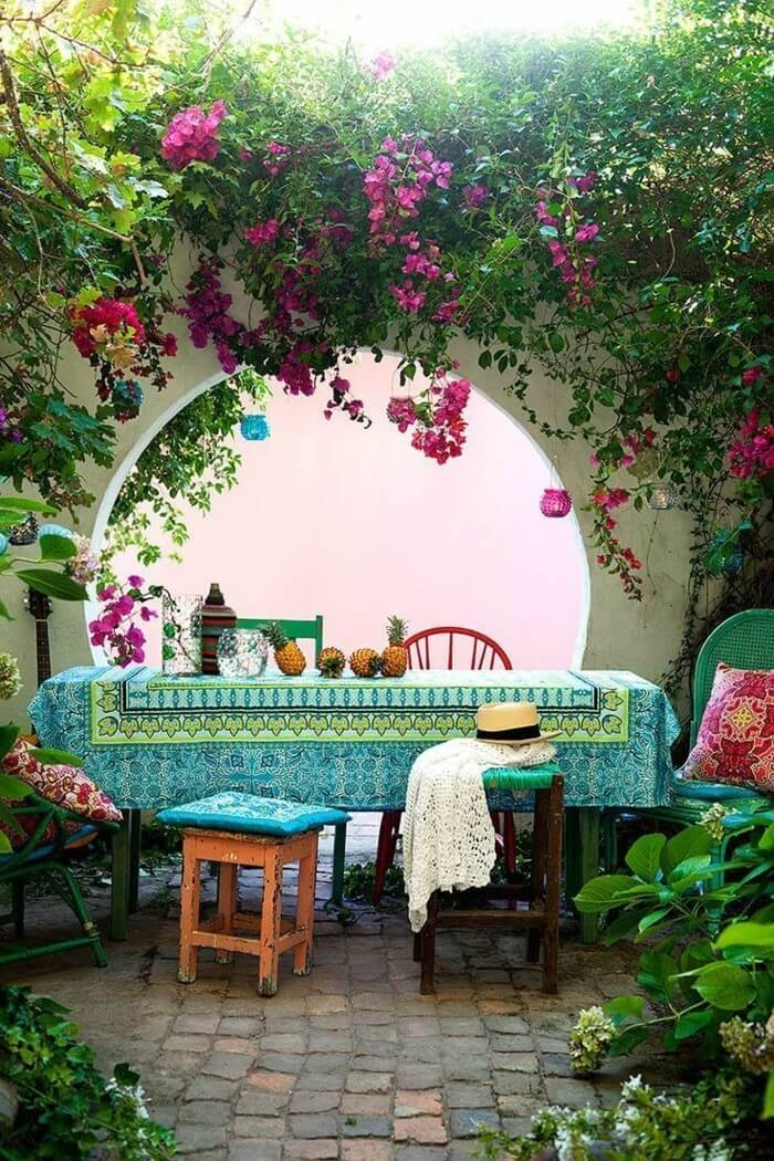 Свежие цвета и узоры всегда украсят ваш сад