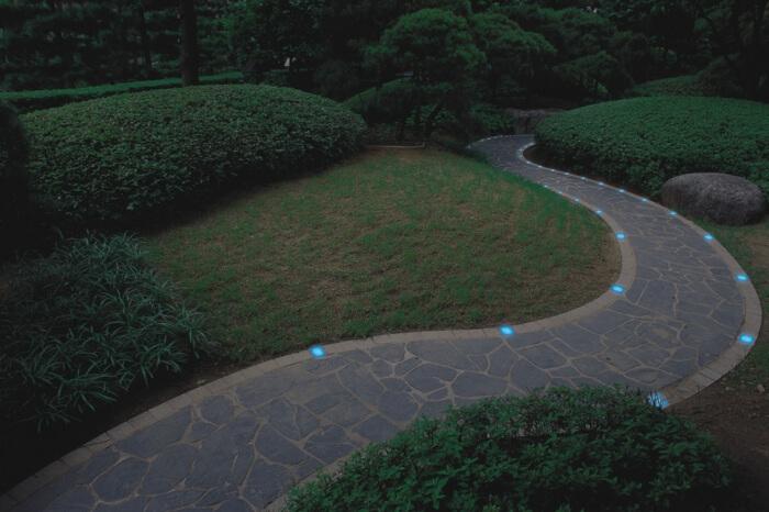 Светодиодное освещение имеет много преимуществ и совершенно незаметно